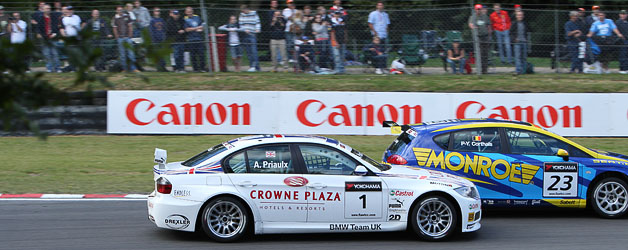 Choosing a lens for British Touring Cars at Brands Hatch