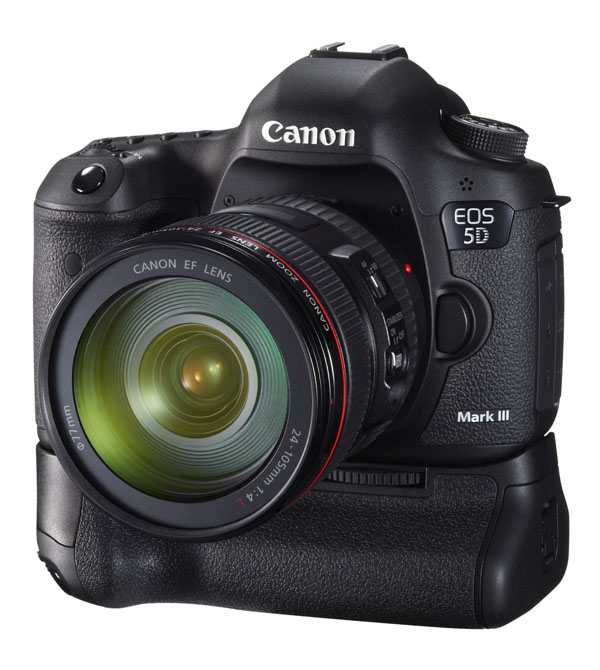 Canon EOS 5D Mark III with BG-E11 & EF 24-105mm f/4L IS USM