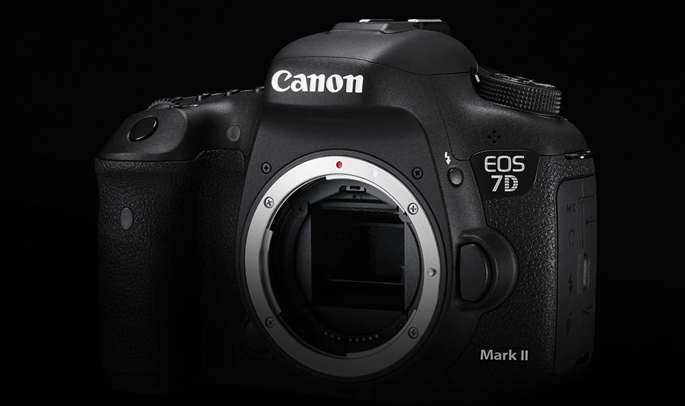 How to change Speedlite flash settings quickly on the EOS 7D Mark II