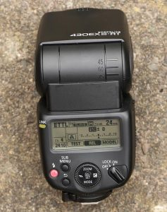 shutter release from radio speedlite