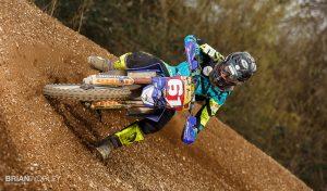 Motocross action lit with Speedlite flash