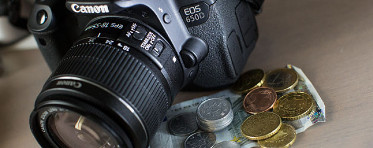 Canon camera sales down in third quarter results